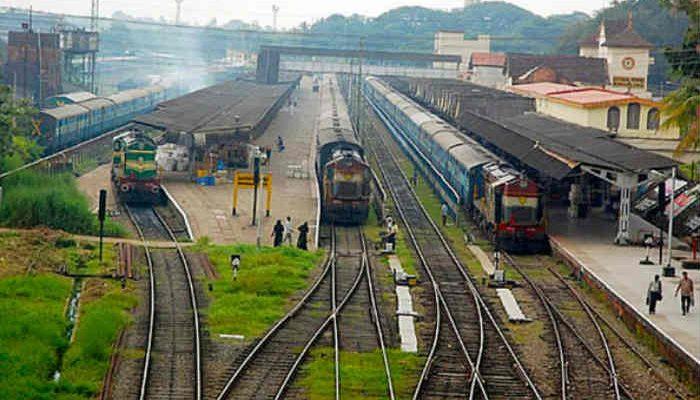 Konkan-Railways-to-follow-monsoon-timetable